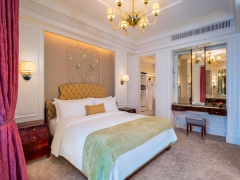 Starwood Hotels: Hot Escapes, Your Holiday in The St. Regis Singapore with 15% Reduction