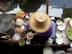 Special Economy Class Fares to Bangkok from SGD208 with Cathay Pacific