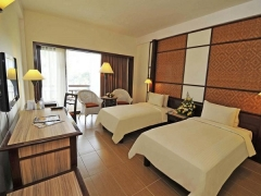 60% Off Room Rate at Furama RiverFront, Singapore with Standard Chartered