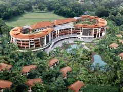 Capella Family Offer | Stay and Play with Complimentary Tickets to Singapore Attractions
