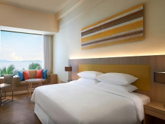 Family Holiday with 25% Savings on 2nd Room at Four Points by Sheraton