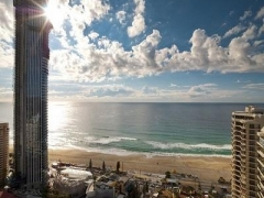 Gold Coast: 4D3N Stay at 3-Star Islander Resort Hotel w/ Breakfast & 2-Way Airport Transfer