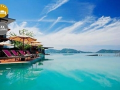 Phuket: 5* Seaview Stay in Patong