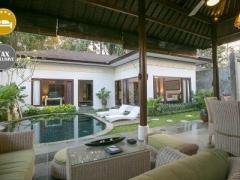 Bali: 4* Balinese-themed Villas