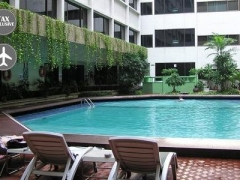 Bangkok: Asia Hotel + Thai Airways Flights