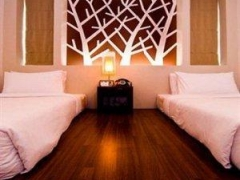 Stay at The Album Hotel in Patong from SG$41* per night, Save 65% Off