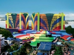 Genting: 2D1N Genting First World Hotel Deluxe Room Stay, CEO Gold Cruiser Coach & Insurance