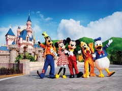 Hong Kong Disneyland Double Fun Package from SGD500 with Cathay Pacific