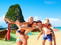 Summer Holiday with 40% Off Hotel Bookings in Centara Hotels & Resorts