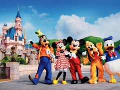Sep Holiday - Hong Kong Disneyland Family Fun