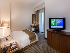 1-FOR-1 Studio Suite Night at $180 in Holiday Inn Resort Batam with NTUC Card