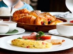 Top Up SGD$1 Breakfast Deal in Singapore Marriott Tang Plaza Hotel