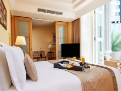Bed & Breakfast Package in The Fullerton Hotel Singapore