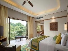 Give Back a Night Package in Shangri-La's Rasa Sayang Resort & Spa, Penang