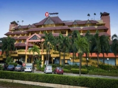 15% off Best Available Rate + more in Travelodge Batam with HSBC Card