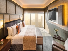 Weekend Indulgence in Pan Pacific Singapore with Complimentary Breakfast & Parking