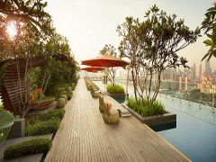 Golden Circle: Best of Both Worlds in Singapore in Hotel Jen Orchardgateway