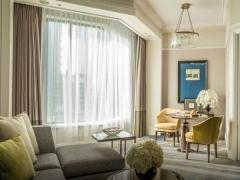 Weekend Bed & Breakfast with 18% Savings in Four Seasons Hotel Singapore