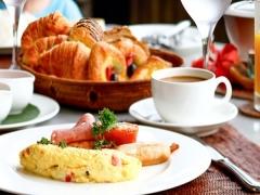 $10 Breakfast Deal at Courtyard Singapore Novena