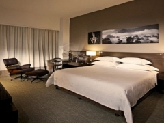 1-For-1 One Room Night (Includes Breakfast Daily) in GTower Hotel with HSBC Card