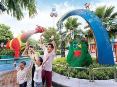KIDS GO FREE* in Legoland Malaysia Starting this December