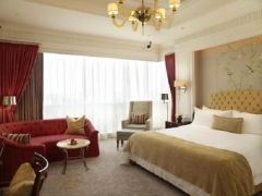 Taste of Luxury During your Stay in The St. Regis Singapores