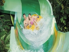 Adventure Cove Waterpark with SGD5 Meal Voucher (min spend SGD20) at SGD34