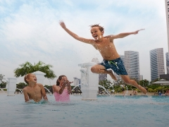 Beach Road Getaway: Enjoy Your Stay at Parkroyal on Beach Road Singapore
