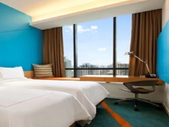 Early Bird Breakfast Package with Up to 10% off Room Rate in Days Hotel Singapore