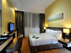 1-For-1 One Room Night (Includes Breakfast Daily) at Hotel Granada Johor Bahru with HSBC Card