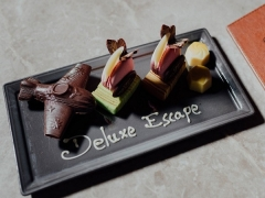 Deluxe Escape Staycation at Crowne Plaza Changi Airport