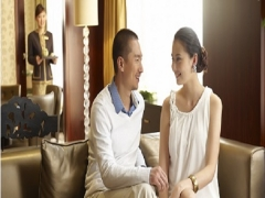 Weekend Bed and Breakfast Retreat at Fairmont Singapore