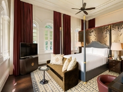 Enjoy the Grandeur of Raffles Singapore