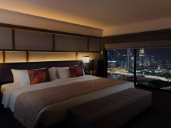 2020 Singapore Night Race Track-facing Room Offer at Pan Pacific Singapore