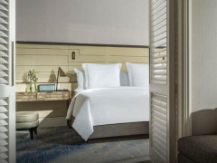 Advance Purchase Deal with Up to 15% Savings at Four Seasons Hotel Singapore