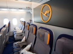 Reach your destination in North America relaxed and happy from 1,537 SGD with Lufthansa