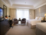 'FAM-TASTIC TIME!' Stay Package at York Hotel Singapore