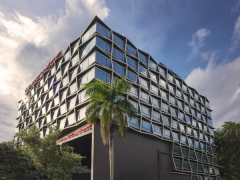 Enjoy 40% Savings on Singapore Staycation Package at Travelodge Harbourfront