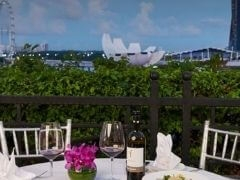 Dine and Unwind at The Balcony at The Fullerton Hotel Singapore