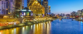 4D3N Melbourne with AAT Kings Tours