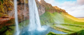 9D6N ICELAND - LAND OF FIRE AND ICE (APR-OCT)