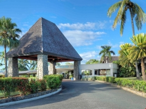 5D4N Fiji Exclusive Package at Novotel Nadi Hotel