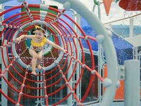 Dream Cruises: 2N PORT KLANG Cruise or 2N MALACCA Cruise (Kids Cruise Free)