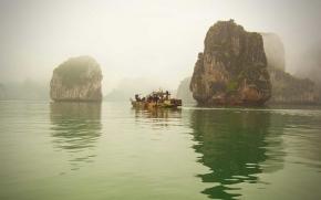 4D Vietnam Tour - Hanoi And Halong Overnight Cruise