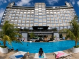2D1N Golden View Hotel - wz The Illusion