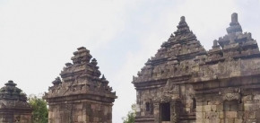 4 Days 3 Nights  Kalibiru - Sunset IJO Temple Tour (2 to go)