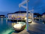 4D3N CENTARA GRAND ISLAND, MALDIVES BY SQ
