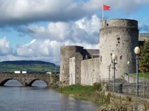 6D SOUTH OF IRELAND ESCAPE (LIMERICK to DUBLIN)