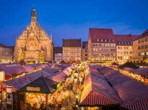 Uniworld 8D Classic Christmas Markets