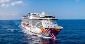 2N/3N Getaway Cruise on World Dream Cruises